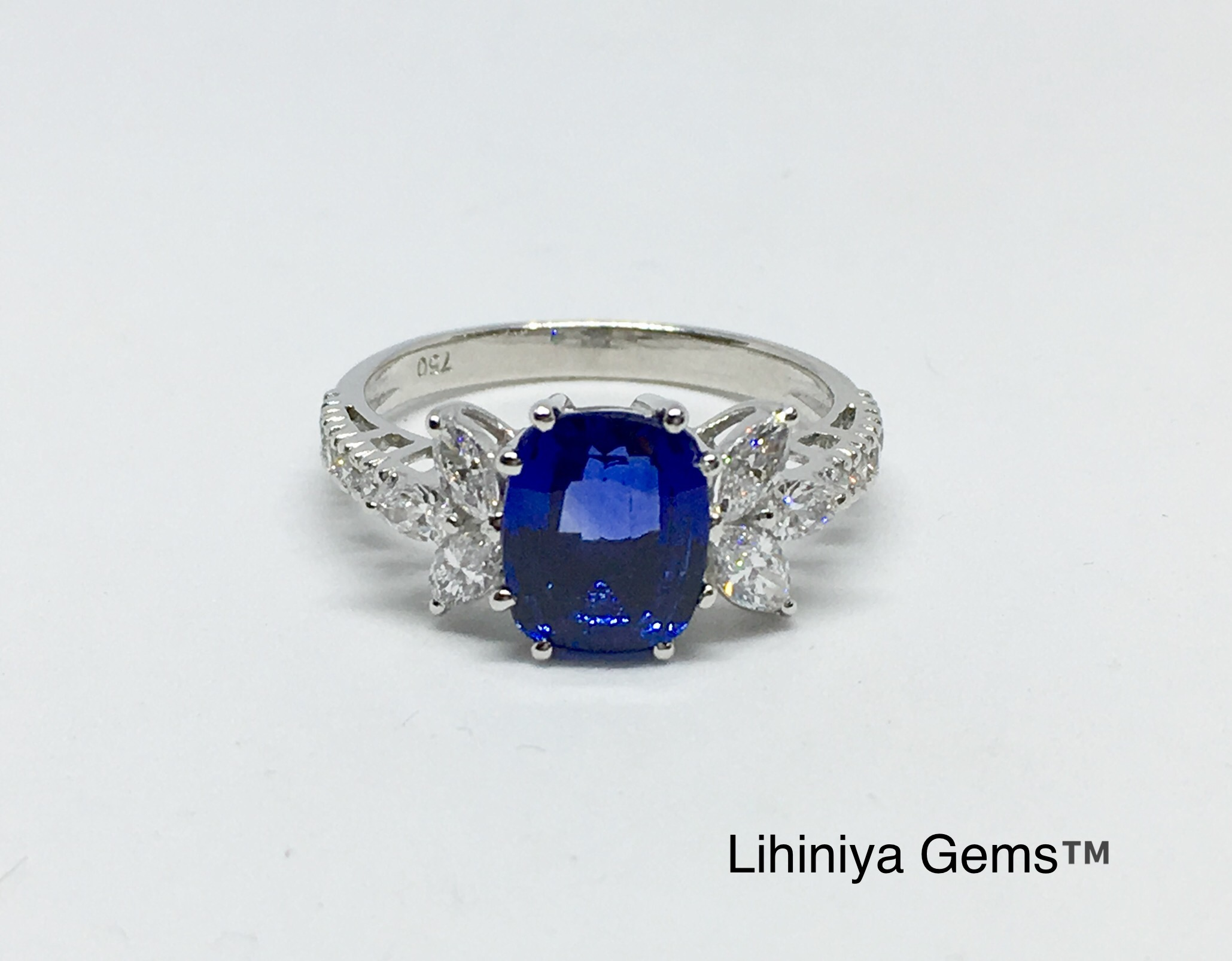 royal sri blue certified natural loose carats sapphire lanka gemstone dark